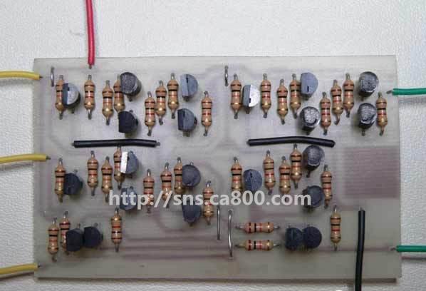 将三种逻辑门的晶体管实现,代入全加器的设计图,就可以画出电路图了.