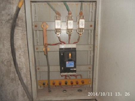 晒照片---检修电源箱电器接线布置(原创)